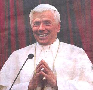 Berlusconi Papa foto